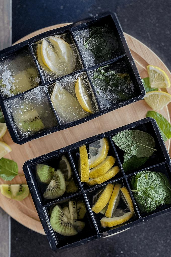 Categoria Cubetti di ghiaccio con frutta