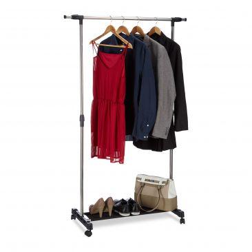 Kleiderständer auf Rollen Gesamtansicht