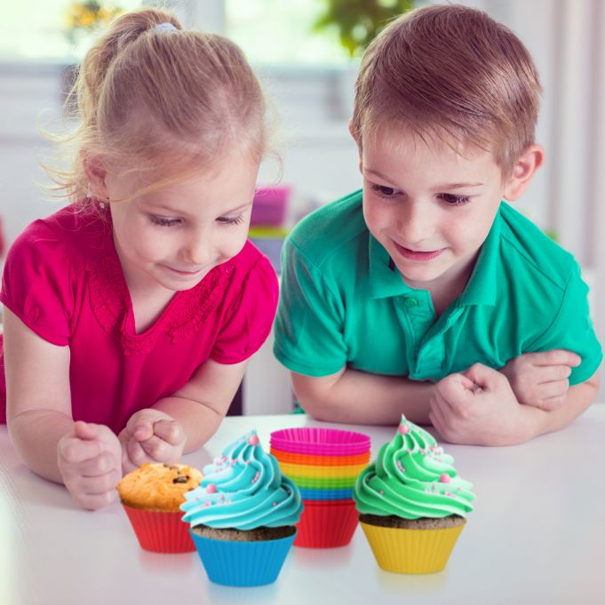 24 Silicone Cupcake Baking Cups3