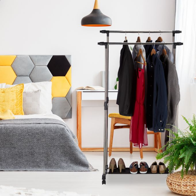 Garment Rack with 2 Rails on Wheels3