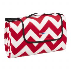Picnic blanket with zigzag pattern